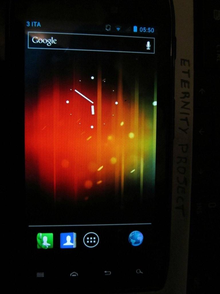 Motorola droid razr jelly bean update leaks – get it here.